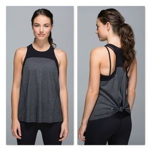 Lululemon clip race back back split perforated top